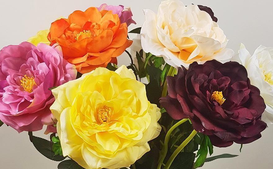 bukiet ze sztucznych kwiatów